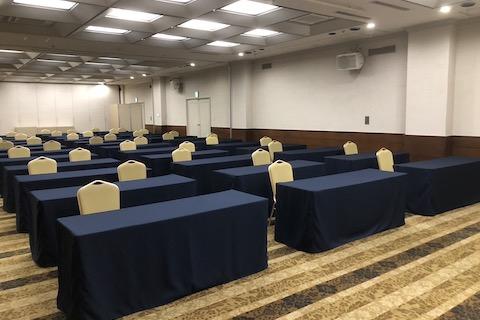 お客様のご趣向に合わせて、会場設営から料理内容まで幅広くご提案させていただきます。